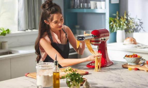 Zelf pasta maken? Dat kan met de apparaten van Like2Cook!